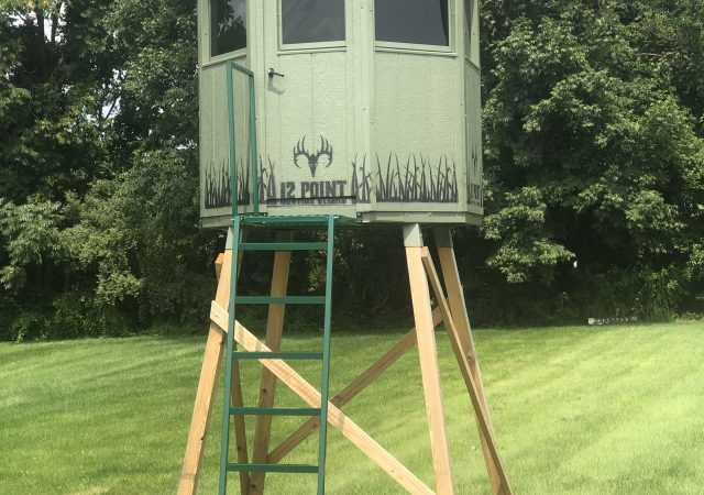 6' Octagon Hunting Blind with Optional 8' Stand