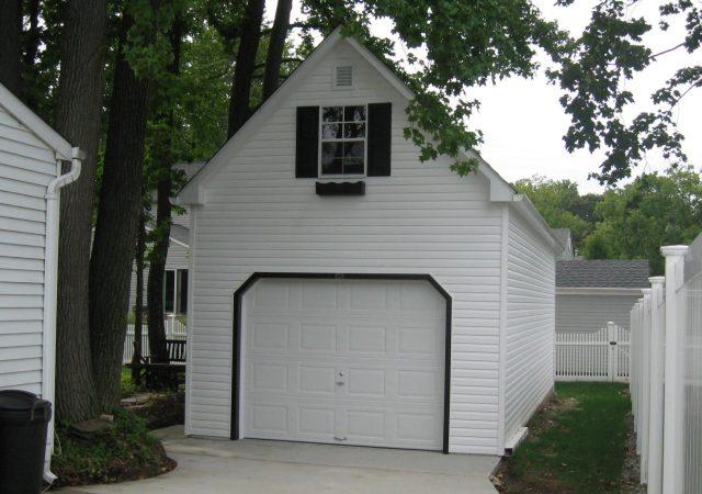 Garage Arrives 025